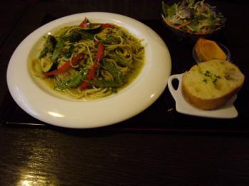 081129_dad-pasta1.jpg