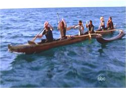 カヌーボートでひとまず脱出