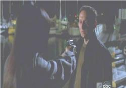 サン、何故、僕にまだ銃を向けているんだい