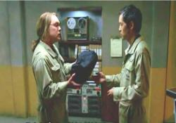 344グリッドに行って、これをラジンスキーに渡してくれ