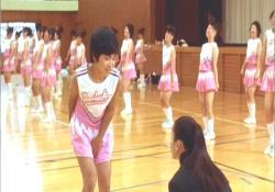 何よ、桃子、見ないでよ