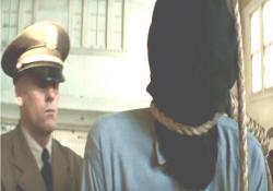 絞首刑にされる犯人