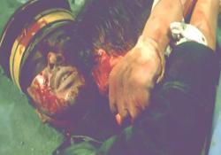 ロシア兵と抱き合いながら死んだ小賀