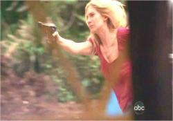 ジャックの援護射撃をしているジュリエット
