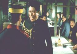 ばかもん!軍司令部に道を聞きにくるやつがあるかっ!