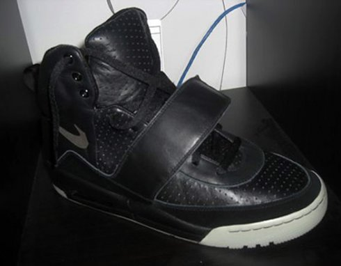 nike_airyeezy_black_grey_001