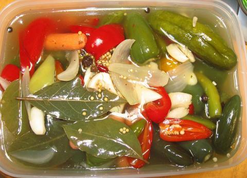 pickles081102.jpg