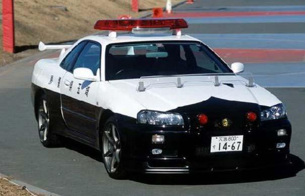 日本の変わったパトカー