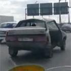 ボロボロの車