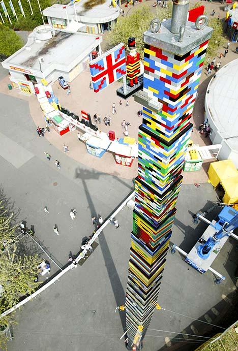 世界一高いレゴタワー01