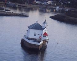 完全孤島の家