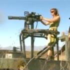 ガトリング砲で木を切る