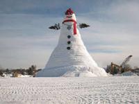 世界一高い雪だるま