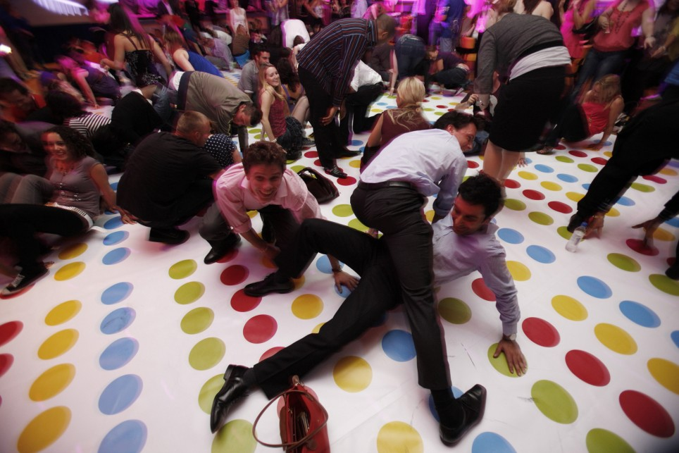 twister-game03