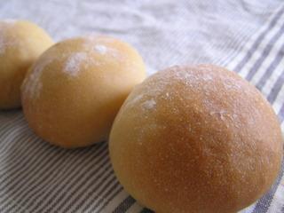 090912黒糖パン1