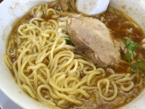 渚・ラーメン 麺