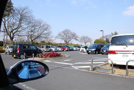 DSC_0002 1111駐車場