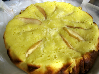 りんご入りケーキ