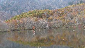 2008_1027画像0004鏡池
