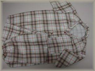子どものパジャマか制服か