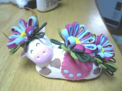 粘土で作った牛