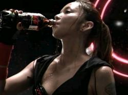 AMU-Coca0904.jpg