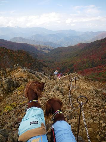 ママさん那須岳初登頂(紅葉10.10) 021
