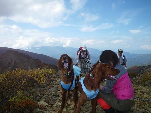 ママさん那須岳初登頂(紅葉10.10) 033