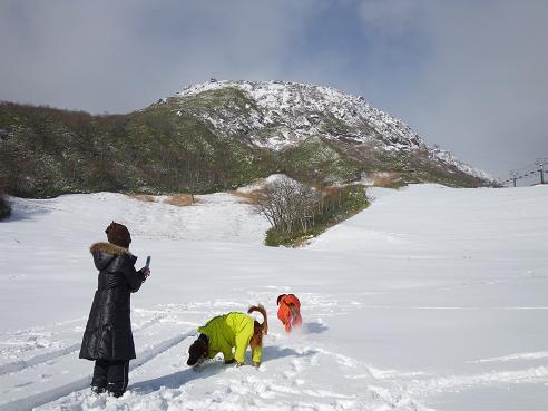 今季初の雪遊び 008