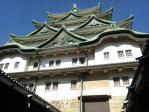 見上げる名古屋城