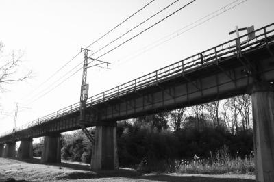 暉を運ぶ橋
