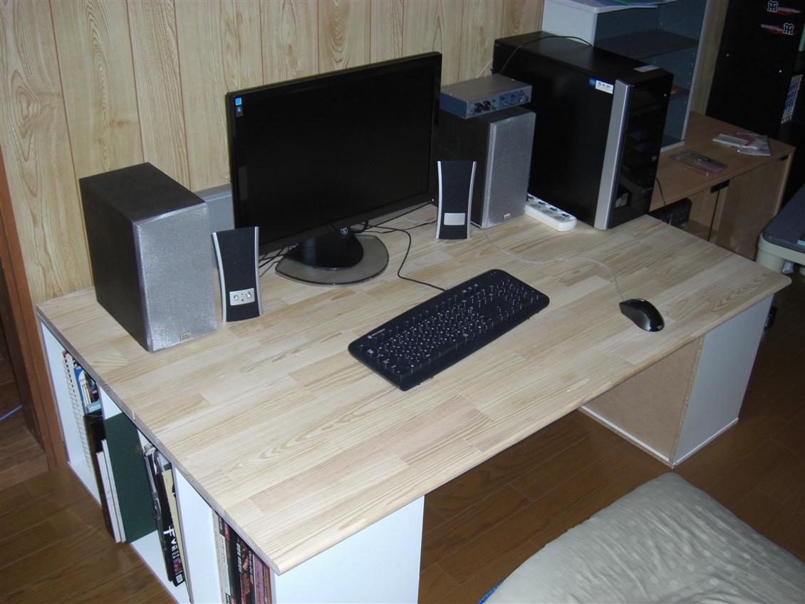 パソコン デスク diy