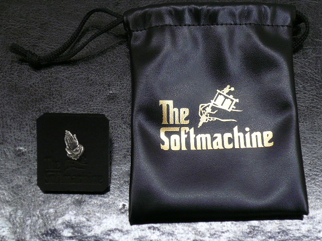 SOFTMACHINE PRAY PIERCE