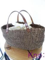 シュロ縄の編みカゴ