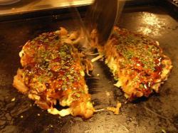 牛スジお好み焼き