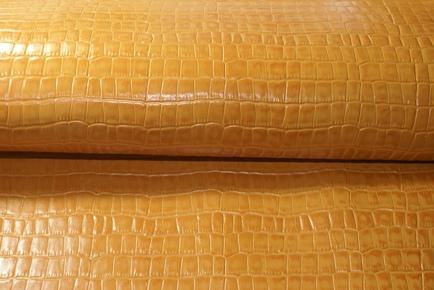オレンジクロコ型押し革
