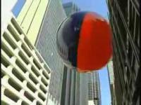世界最大のビーチボール