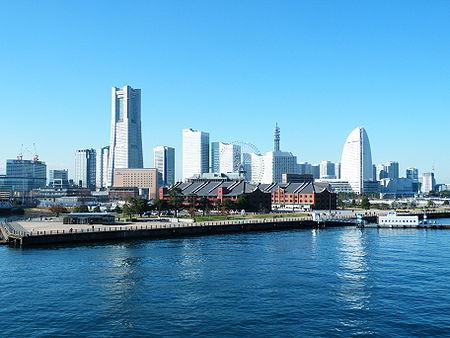450px-Minato_Mirai_21_Mid_View.jpg