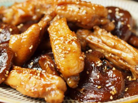 手羽中と椎茸の香味煮25