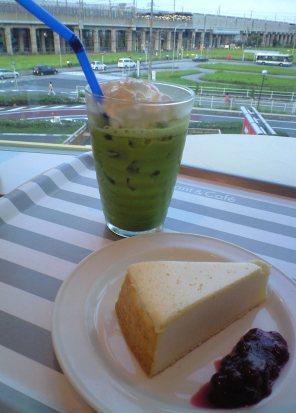 チーズケーキ&抹茶ラテ