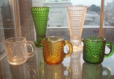 ガラス食器と花瓶