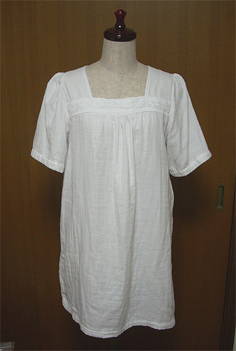 20080623白ワンピ①