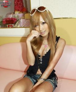 girl3.png