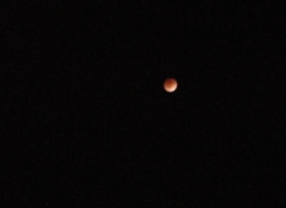 皆既月食2011:12:10:02