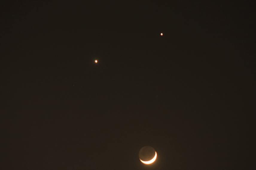 木星、金星、月のコラボ