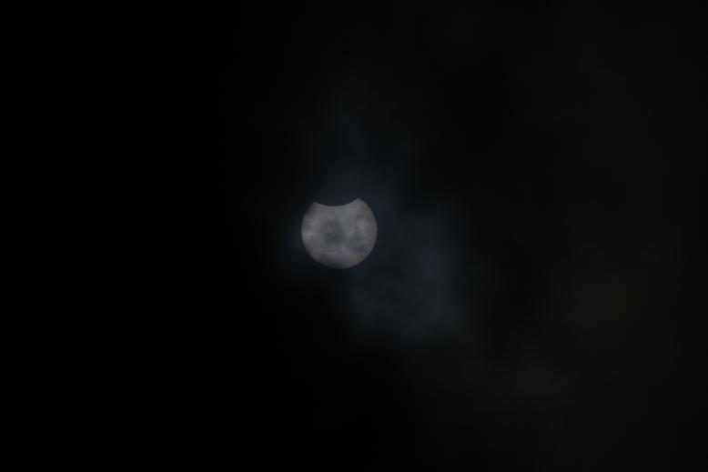 皆既日食、01