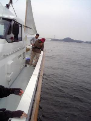 松○さん手釣り初ヒット中!