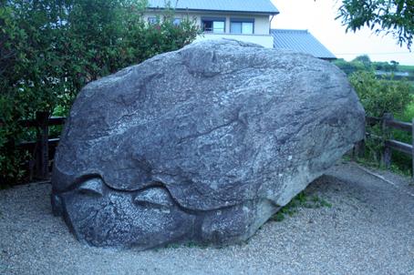 200809奈良亀石