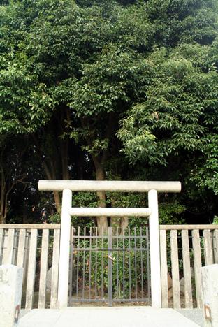 200809吉備津姫墓
