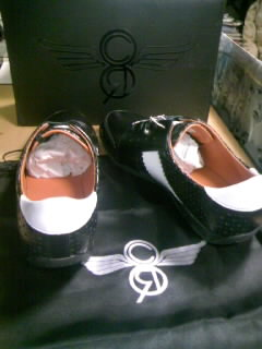 CR8 Colleti blk wht patent 8-3